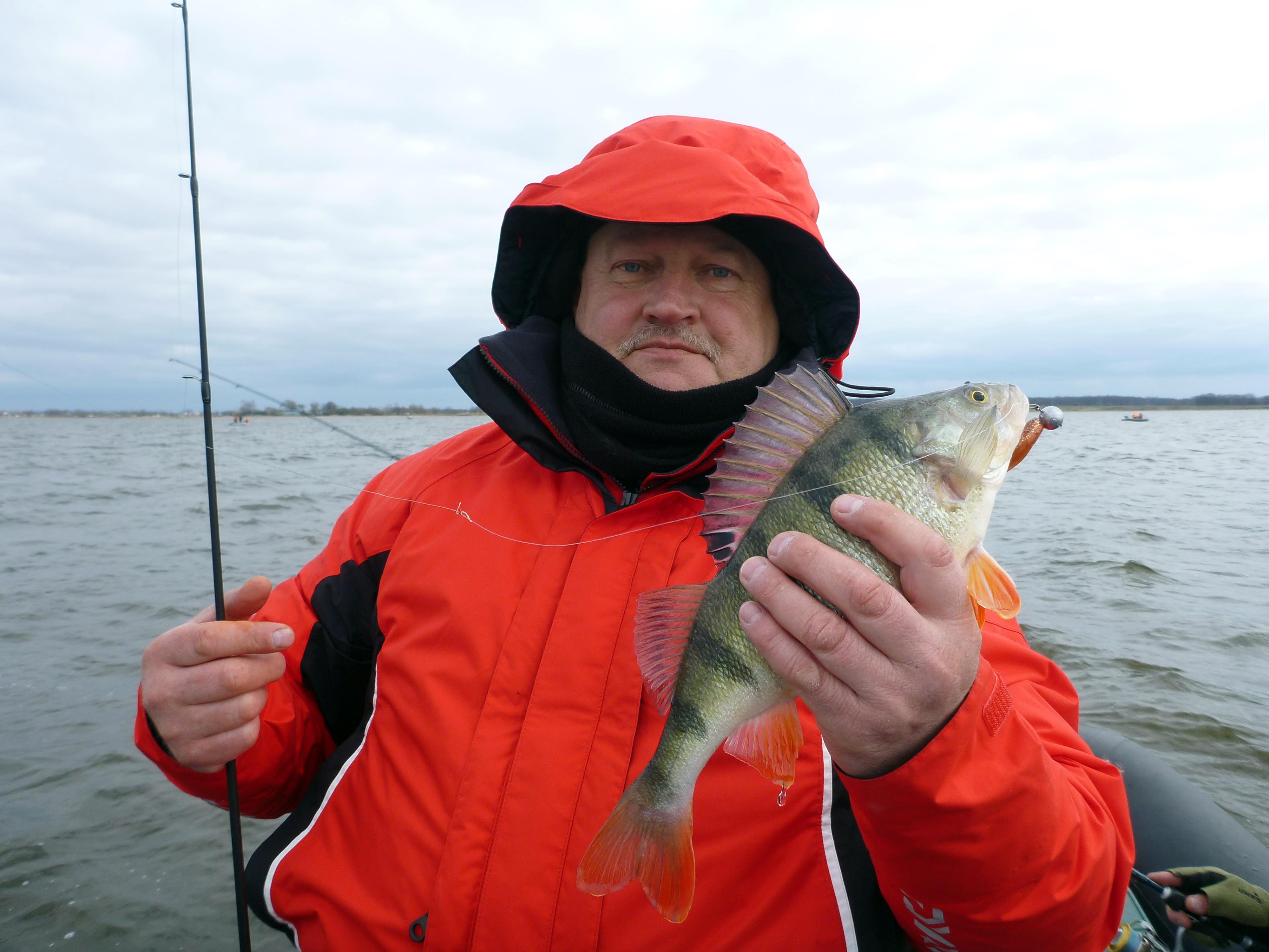 Рыбалка в заливе золотарева